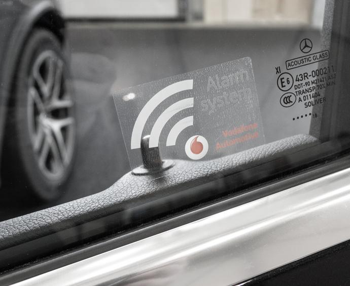 Diebstahlwarnanlage Vodafone Automotive Aufkleber