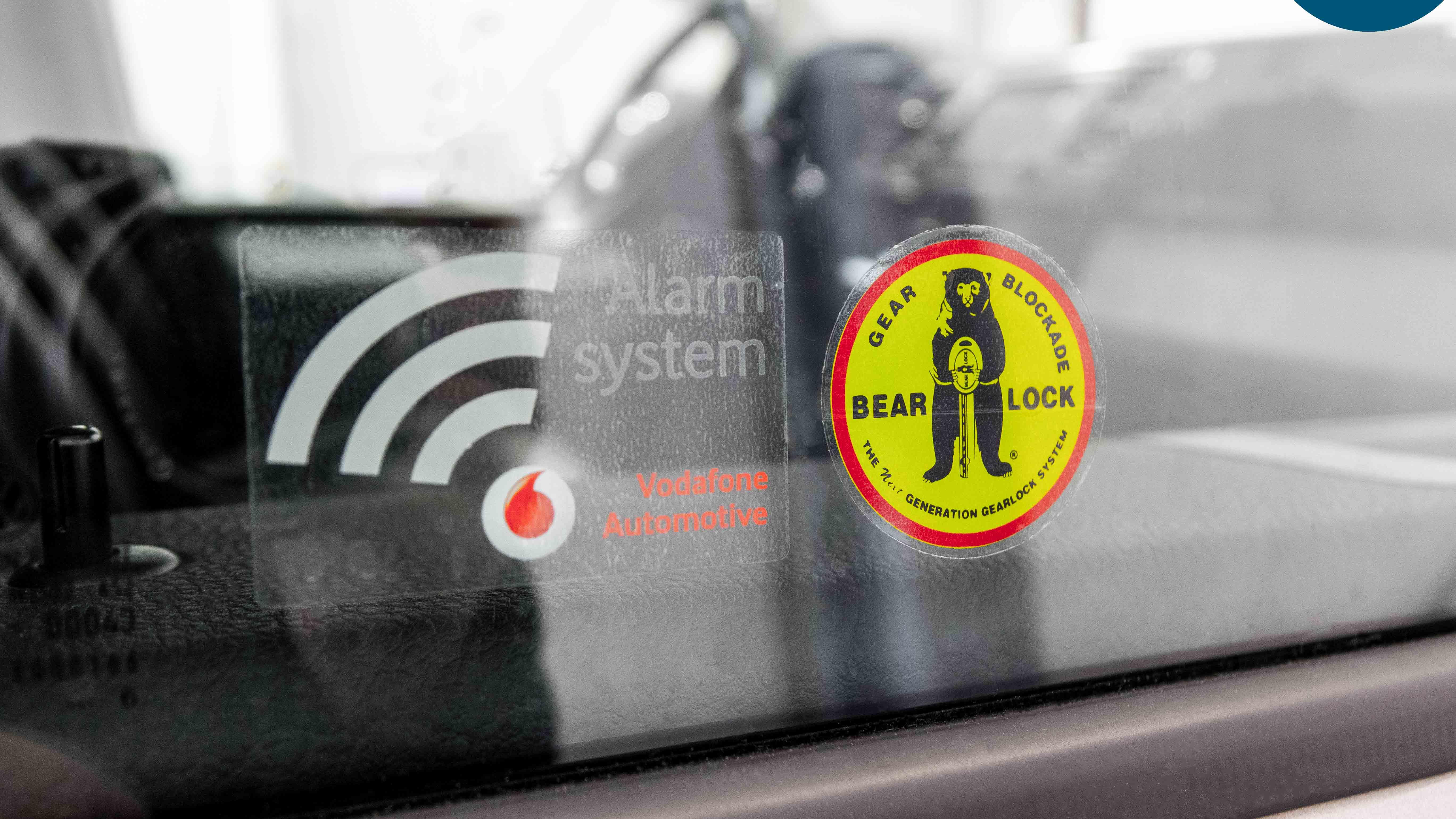 Vodafone Automotive Alarmanlage Keyless Go Diebstahlschutz Diebstahlsicherheit Bear Lock Gangschaltungssperre